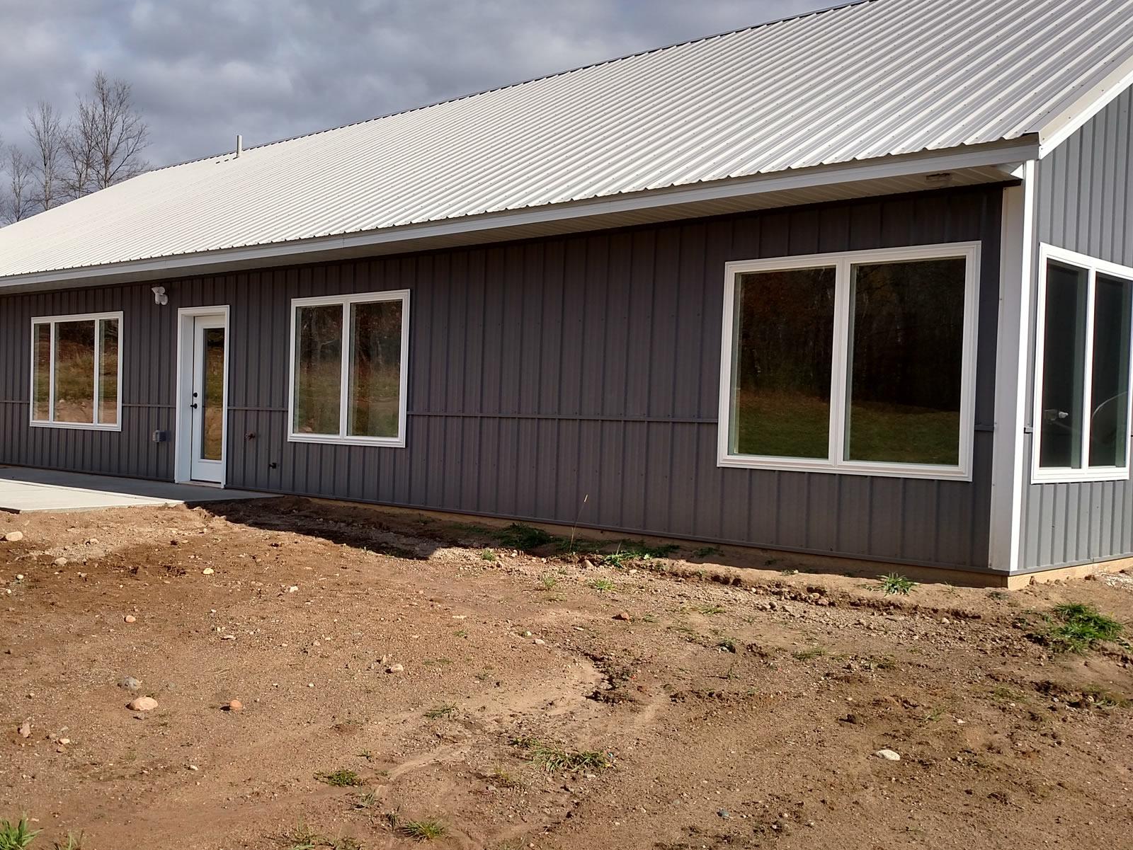 pole-shed-home